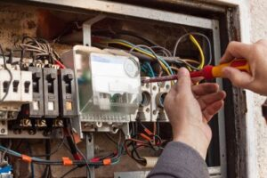 Licensed Electrician in Tampa, FL